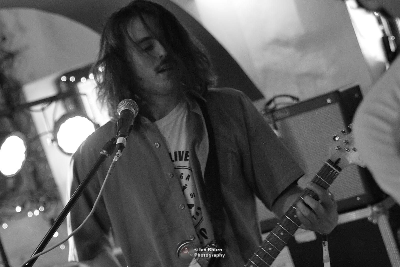 Alex Spagnolo - Guitar/ Vocals