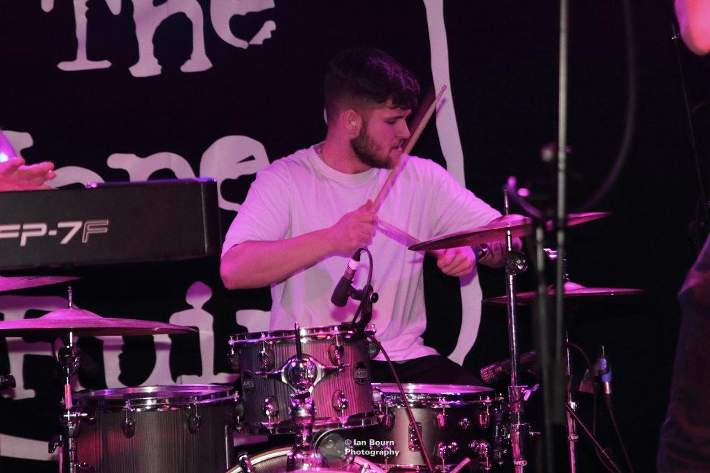 40 Shillings On The Drum: Matt